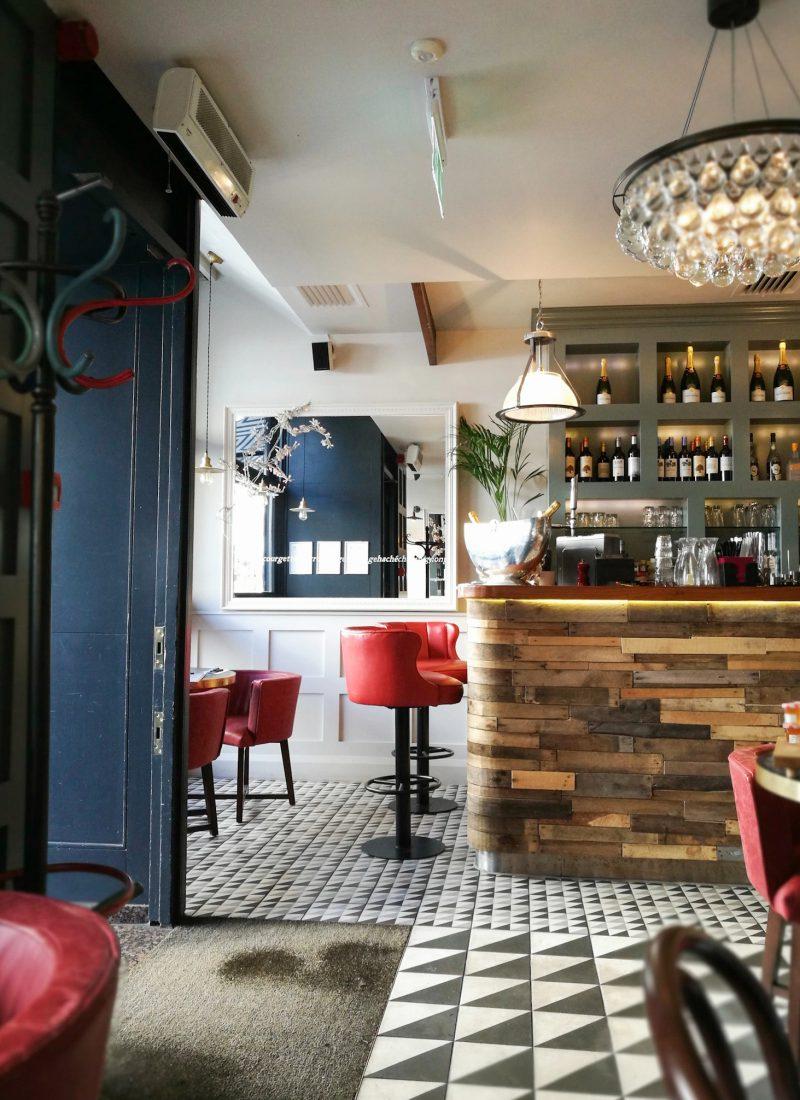 Exploring London: Breakfast at Haché