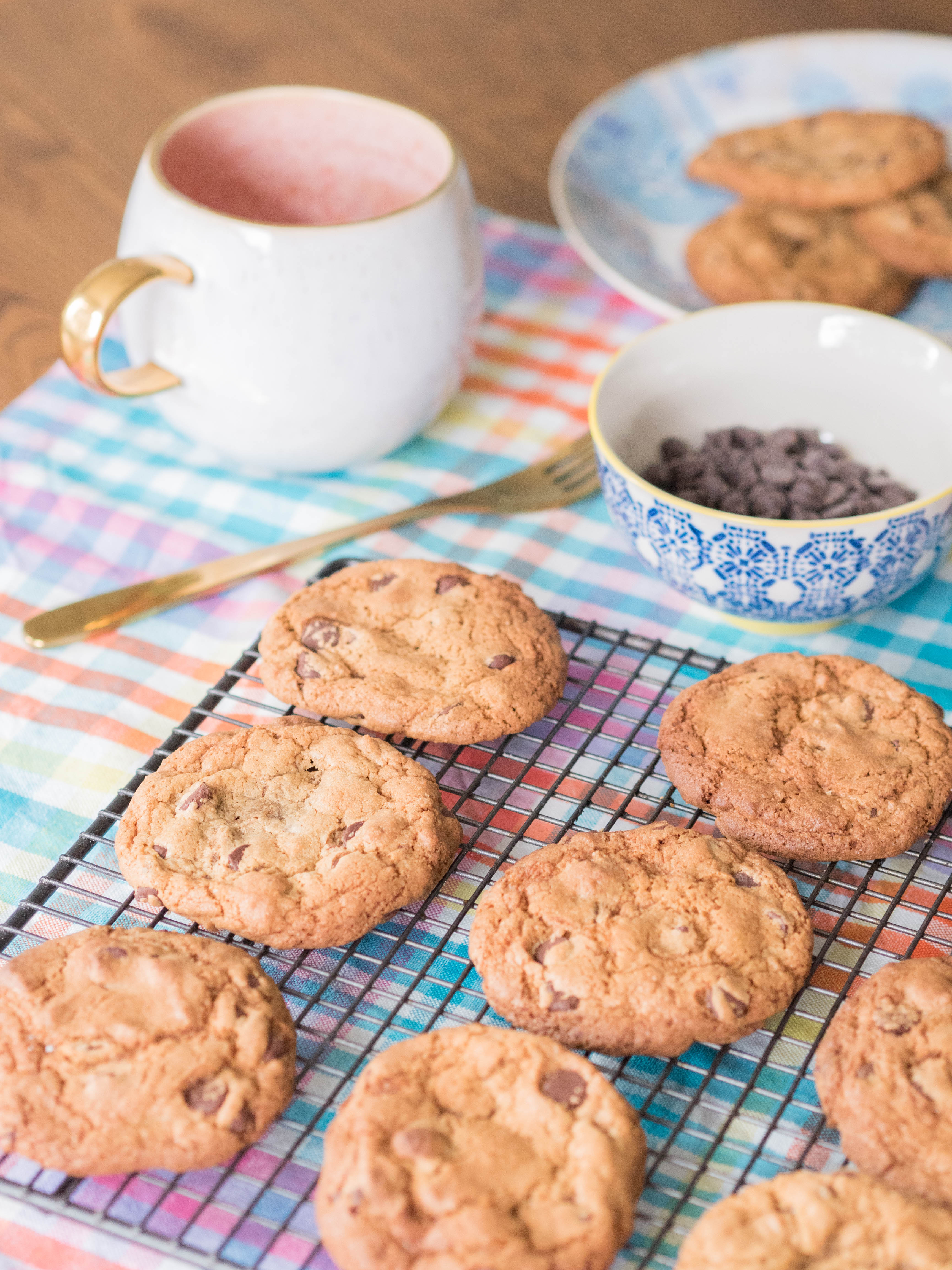 Ghenet Actually    Rainy Day Chocolate Chip Cookies